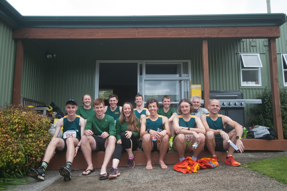 2017 NZ Road Relay Championships, team members at the Paradise Valley Lodge in Rotorua.  Photo by Sarah Hardy